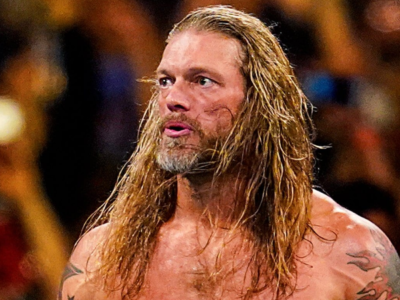 Edge comments on the return of a live audience at Wrestlemania 37