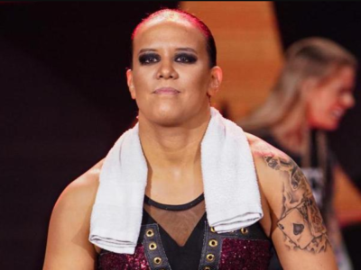 Video: Shayna Baszler interrupts Nia Jax and Charlotte Flair's dance routine
