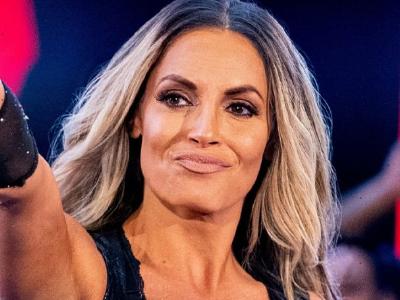 Sasha Banks calls out Trish Stratus for a match